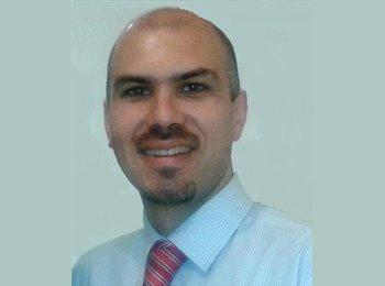 Rodrigo - 36 - Profesional