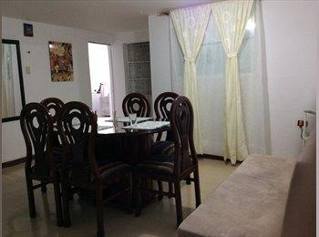 Ofrezco DOS Habitaciones(Doble)(1 con baño) para UNA...