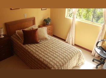 CompartoApto CO - Arriendo habitación en excelente sector y unidad., Medellín - COP$800 por mes