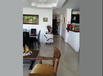 CompartoApto CO - Comoda Habitacion Amoblada con Balcon - Cartagena, Cartagena - COP$0 por mes