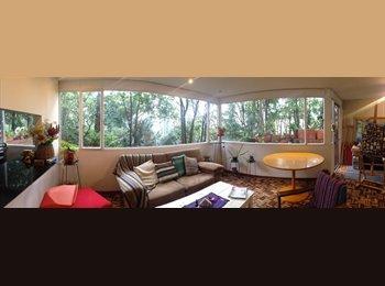 CompartoApto CO - Habitacion grande en Chapinero Alto!!!, Bogotá - COP$0 por mes