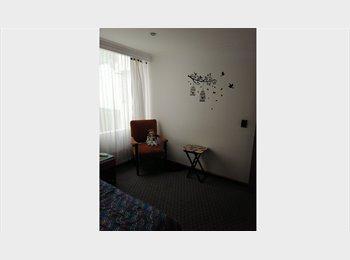 Rento Habitación Norte Bogota  a una cuadra estacion de...