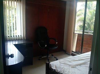 CompartoApto CO - Habitación para para estudiante o profesional cerca est. ayura - Zona Sur, Medellín - COP$0 por mes