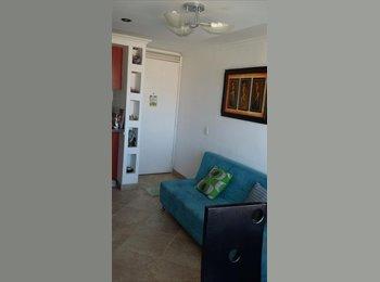 CompartoApto CO - Se arrienda habitacion para dama sola- frente al exito Fontibon Calle 13 - Zona Sur, Bogotá - COP$0 por mes