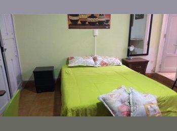 CompartoApto CO - Habitación confortable amoblada, Medellín - COP$0 por mes