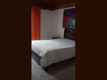 Arriendo confortable habitación