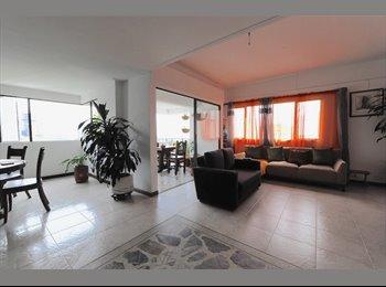 CompartoApto CO - Poblado Castropol Penthouse  - Zona Oriente, Medellín - COP$0 por mes