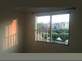 CompartoApto CO - Habitación con closet. - Bucaramanga, Bucaramanga - COP$0 por mes