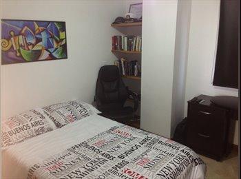 Alquiló 2 habitaciones en Amplio apartamento sector...