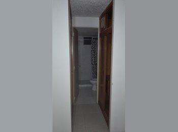 CompartoApto CO - Se alquila habitacion amplia con baño privado, Bogotá - COP$400.000 por mes