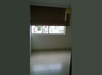 CompartoApto CO - Habitación para mujer (baño privado), Bucaramanga - COP$0 por mes