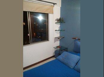 CompartoApto CO - Habitación amoblada en Envigado a una cuadra de la Av. Poblado, Medellín - COP$0 por mes