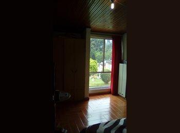 Alquilo 2  habitaciónes