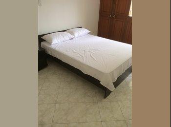 CompartoApto CO - Con baño privado en exclusivo sector de la ciudad, Medellín - COP$0 por mes