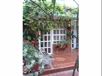 CompartoApto CO - Habitación entrada independiente, Barranquilla - COP$0 por mes