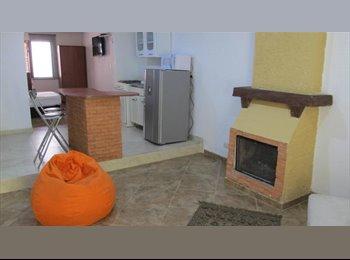 CompartoApto CO - APARTAESTUDIO UNA ALCOBA AMOBLADO CEDRITOS, Bogotá - COP$0 por mes