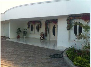 CompartoApto CO - arriendo habitacion bien dotada  , Santa Marta - COP$500.000 por mes