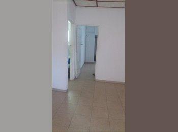CompartoApto CO - Se arrienda habitacion para compartir, Soledad - COP$350 por mes