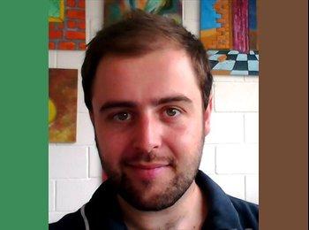 Felipe - 24 - Estudiante