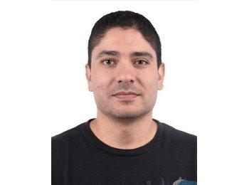 Andrés - 37 - Profesional