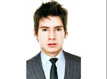 David  - 26 - Profesional