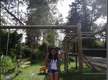 Daniela - 20 - Estudiante