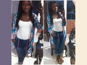 Diana Marcela  - 23 - Estudiante