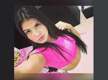 Amalia  - 22 - Estudiante