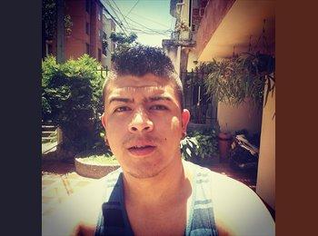 Fabio Escobar - 24 - Estudiante
