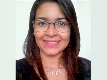 Laura Mantilla - 23 - Profesional