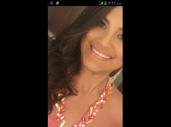 Vanessa Torrealba - 26 - Profesional