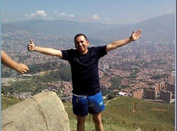 Alvaro Cubillos - 51 - Profesional