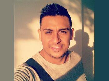 Eder Torres - 27 - Profesional