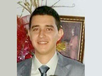 Luis - 28 - Profesional
