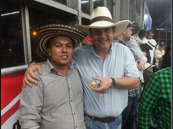 CompartoApto CO - Alexis - 31 - Medellín