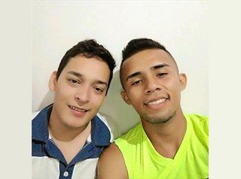 CompartoApto CO - Miguel - 24 - Bucaramanga