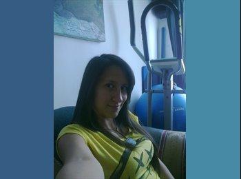 CompartoApto CO - Angelica Garcia - 21 - Medellín