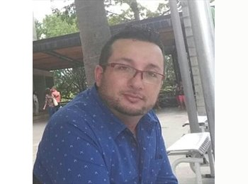 CompartoApto CO - Mauricio cortes - 36 - Medellín