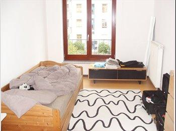 EasyWG DE - Ruhige Wohngemeinschaft in grüner Umgebung - Wiesbaden, Wiesbaden - 400 € pm