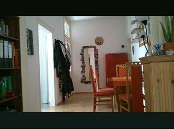 EasyWG DE - Möbliertes Zimmer in 3er WG in der Innenstadt - Innenstadt, Gießen - 325 € pm
