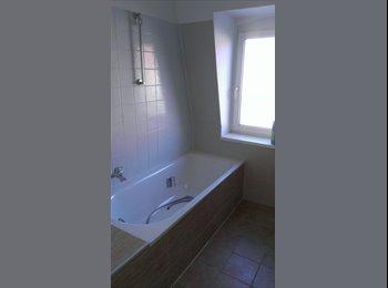 EasyWG DE - schöne, zentrale Wohnung mit Dachgarten - Fürth, Furth - 295 € pm