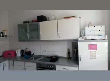 EasyWG DE - Wunderschönes 22 qm Zimmer mit großem Fenster Nahe Innenstadt  - Osnabrück, Osnabrück - 417 € pm