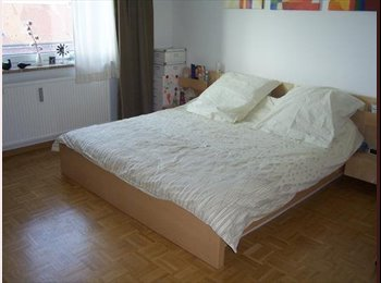 EasyWG DE - Großes WG-Zimmer in 82 qm Wohnung frei - Wandsbek, Hamburg - 500 € pm