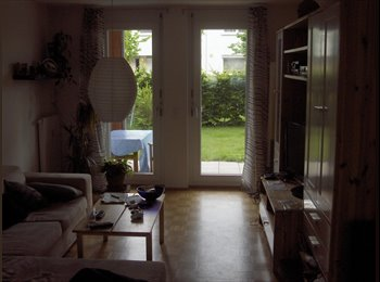 EasyWG DE - Möbliertes 16qm Zimmer in 84 qm 3-Zimmer Wohnung  - Unterföhring, Unterföhring - 470 € pm