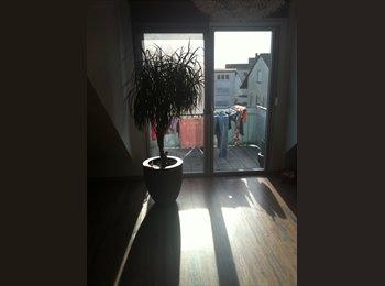 EasyWG DE - Helles Zimmer in möbelierter Zwei-Personen-WG - Dossenheim, Dossenheim - 490 € pm
