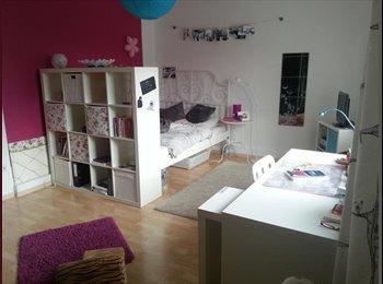 EasyWG DE - Großes Zimmer in toller 3er WG frei !! - Gronau, Gronau - 190 € pm