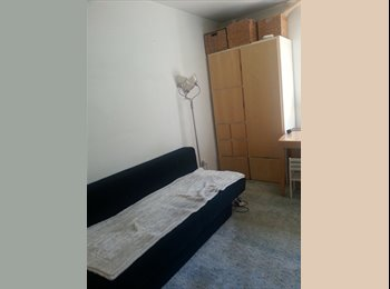 EasyWG DE - I Zimmer Wohnung mit schönen Garten, S 8  nähe Bogenhausenn, München - 480 € pm