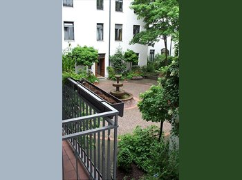 EasyWG DE - Haidhausen, Zi. mit Balkon / room w. balcony, 5 Min. S-Bahn,U-Bahn, München - 495 € pm