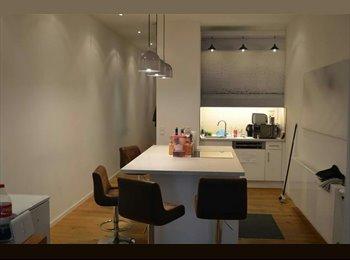 EasyWG DE - Perfect Location - Chic & Quiet Room - Super Lage - Chic möbliertes Zimmer zu vermieten, München - 700 € pm