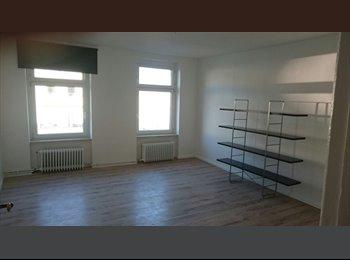 EasyWG DE - Untermieter gesucht /Looking for a subtenant  - Neuklln, Berlin - 480 € pm